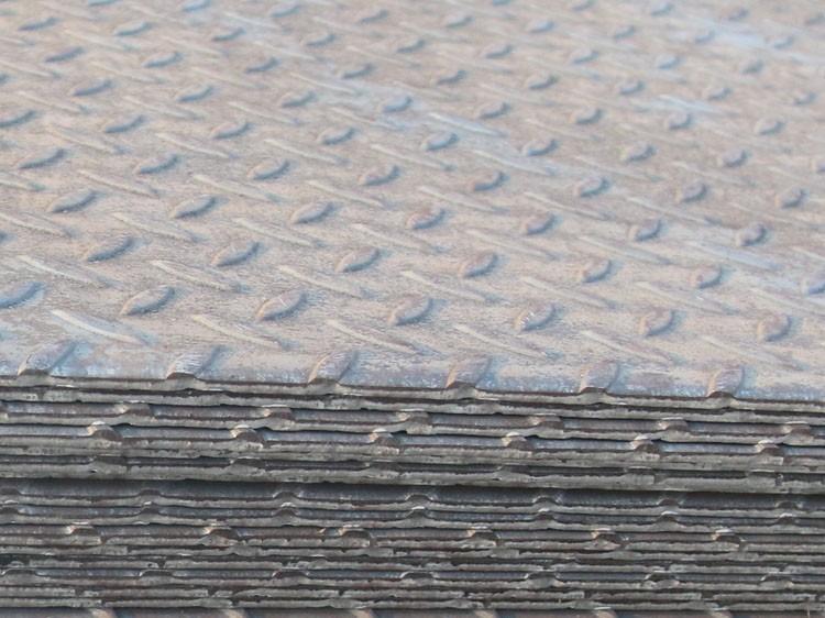 花纹钢板的厚度算花纹吗?标准答案在这里