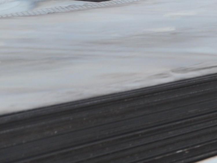 冬储阶段 钢板价格迷雾重重 郑州钢板经销商究竟该怎么办