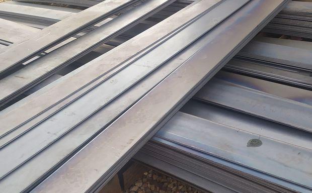 郑州钢板加工哪家好 点赞钢铁 加工设备15台