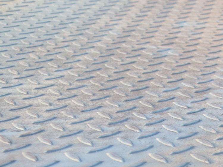5日期钢全线飘红 今日钢板价格价格预测:涨涨涨
