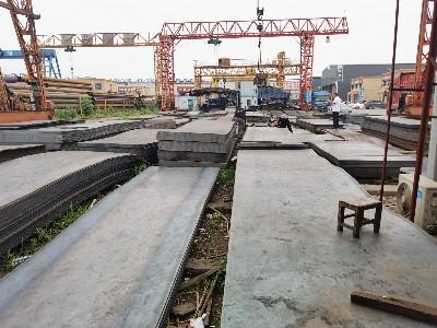 钢材期货大幅震荡后向上突破 今日钢板价格