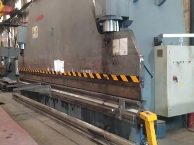 钢板加工哪家好 点赞钢铁 17年专注钢板加工切割